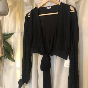 TOBI keyhole blouse with ties and arm slits